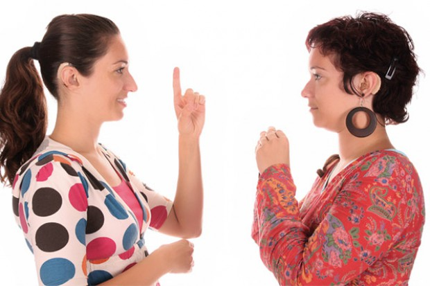 Głośniej o aparatach słuchowych