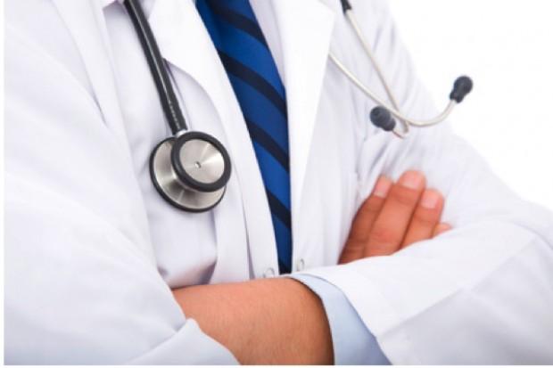 W Polsce pracuje 121,4 tys. lekarzy