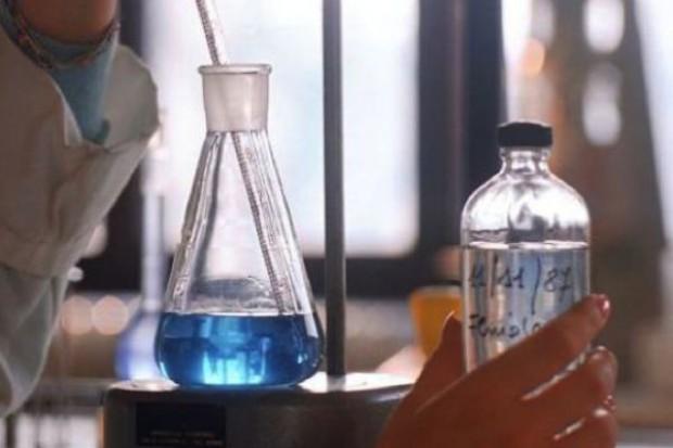 Naukowcy nie chcą zamówień publicznych