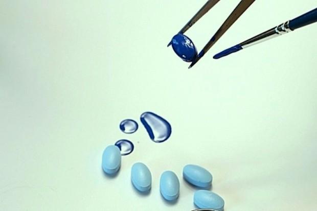 Podkarpackie: produkowali nielegalne leki na potencję