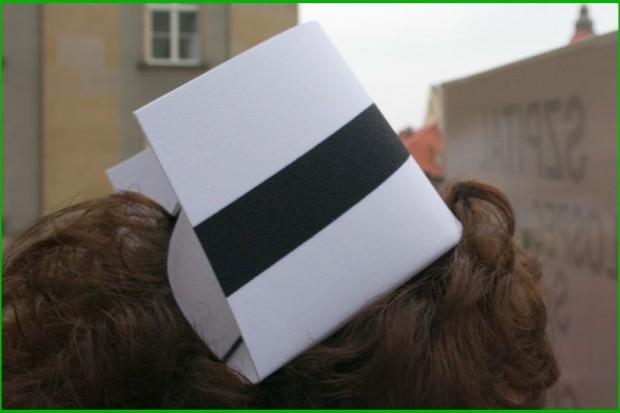 Toruń: jest porozumienie z dyrekcją, pielęgniarki nie muszą przechodzić na kontrakty