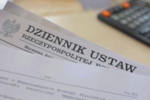 Przegląd aktów prawnych: wrzesień-październik 2011 r.