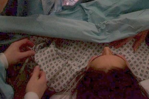 Śląskie: większość szpitali zapewnia rodzącej znieczulenie, ale...