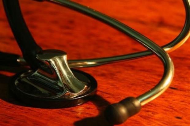 Olsztyn: studenci medycyny oswajają przedszkolaki z leczeniem