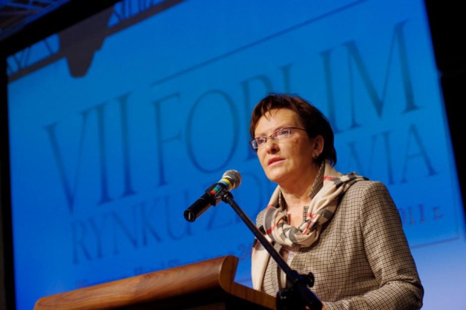 VII Forum Rynku Zdrowia: Ewa Kopacz i opozycja bilansują ostatnie cztery lata