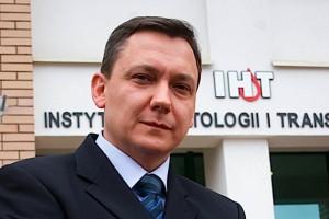 Warszawa: nowy dyrektor Centrum Onkologii zorganizuje Narodowy Instytut Raka?