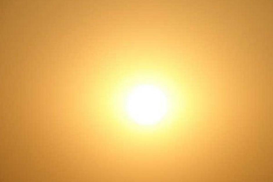 Naukowcy: opalanie się rano bardziej bezpieczne