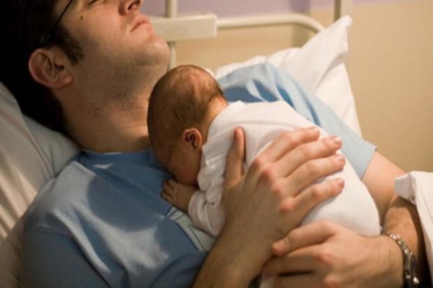 Czy poród rodzinny to luksus, za który trzeba niemało zapłacić?
