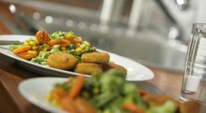 UOKiK do szpitali, sanatoriów i szkół: kontrolujcie pracę firm cateringowych