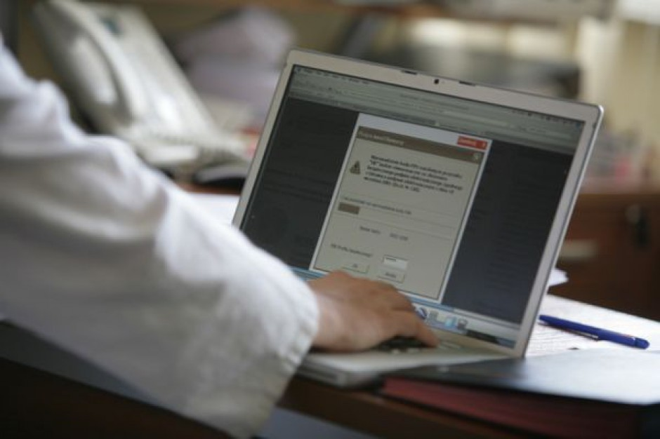 Łódź: zaświadczenia o wpisie do rejestru będą uznawane przez NFZ