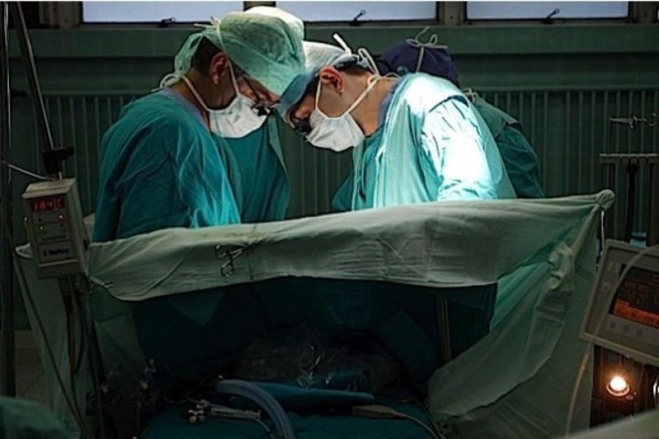 Małopolska: wszczepili implant łąkotkowy