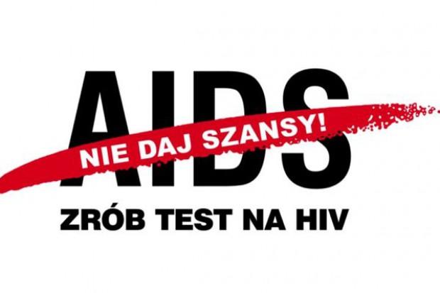 Happening Ruchu Palikota - rozdawali prezerwatywy, jako ochronę przed HIV