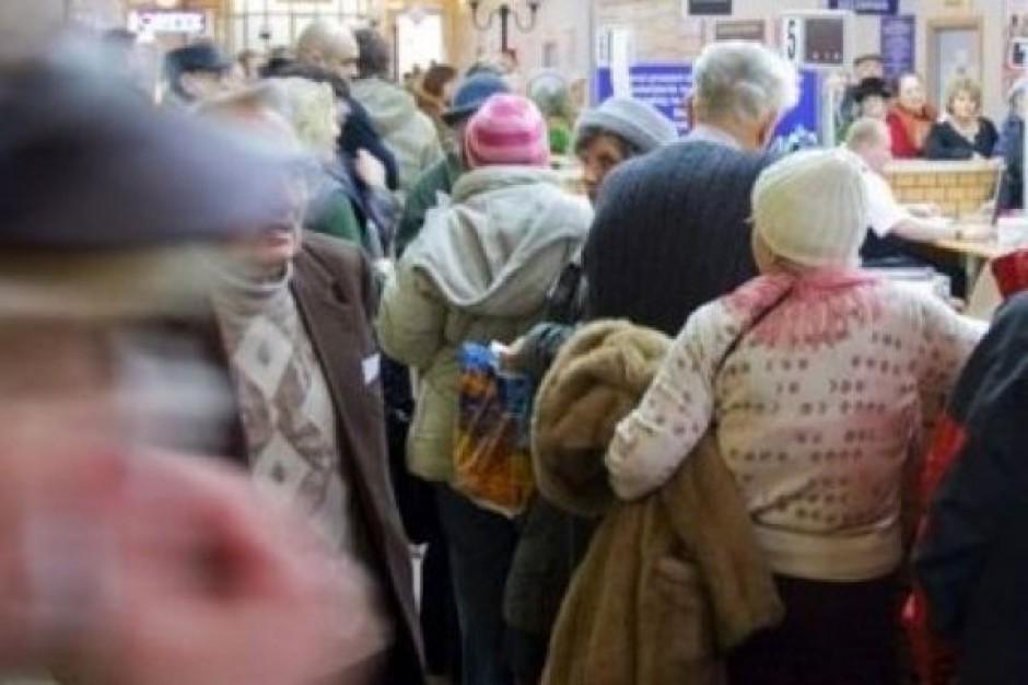 Częstochowa: tłumy w poczekalni szpitala - ruszyły zapisy