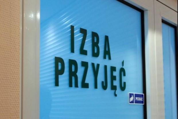 Łódź: musiał wezwać pogotowie, aby wejść do szpitala