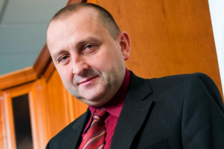 """Jacek Paszkiewicz: recepty """"z pieczątką"""" będą realizowane według najwyższej odpłatności"""