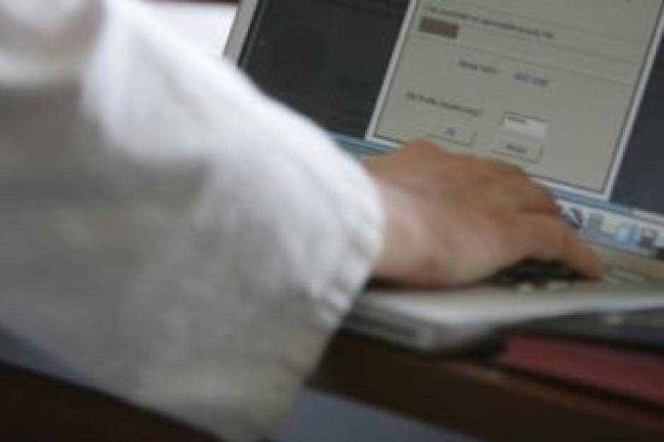 W przychodniach sieciowych lekarze określają stopień refundacji leku - pomaga system
