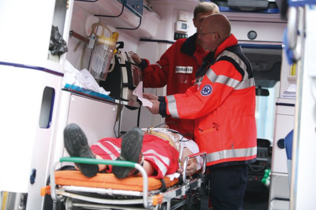 Mniej oddziałów ratunkowych