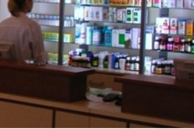 Rynek apteczny: w styczniu spadła sprzedaż leków na receptę