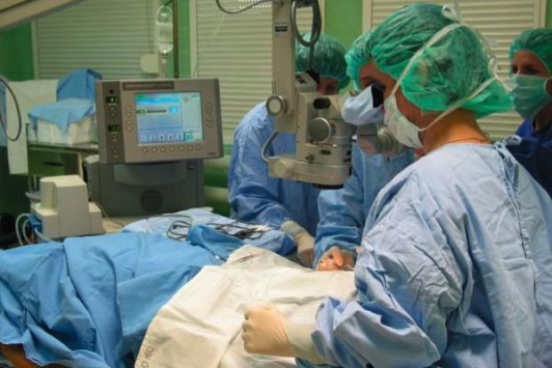 Lublin: zastosowali u dzieci terapię z użyciem komórek macierzystych