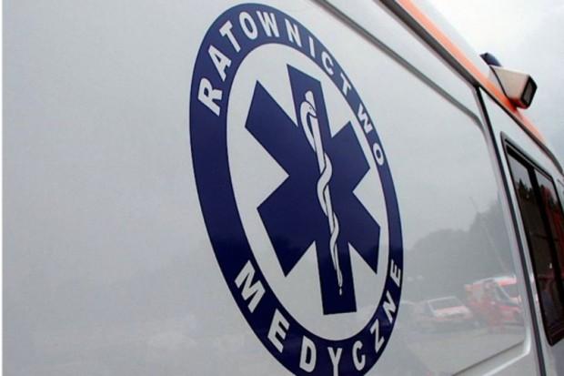 Zawiercie: straż pożarna, pogotowie i LPR udzielają pomocy rannym w katastrofie kolejowej