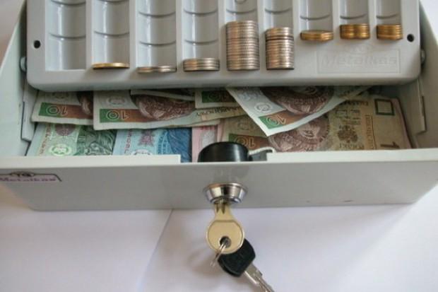 Miechów: ucieczka znad finansowej przepaści