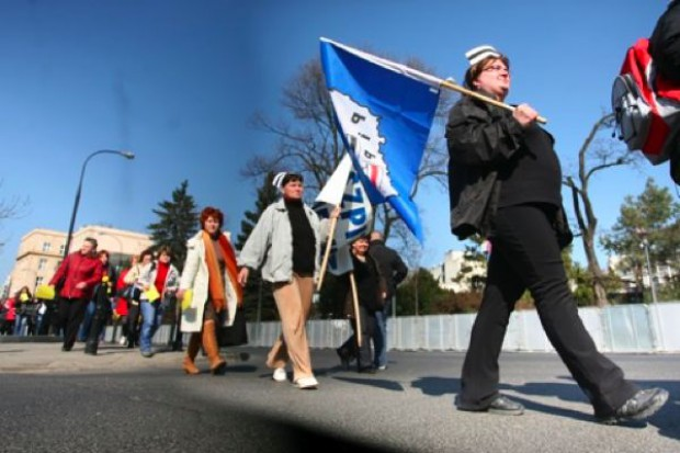 Nie widać końca strajku płacowego pielęgniarek szpitala wojewódzkiego w Koninie. Czują się lekceważone