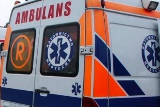 Podlaskie: prokuratura ustala, czy pacjent w karetce zmarł wskutek wypadku