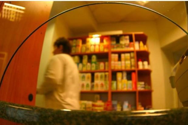 """Leki recepturowe: """"laickie"""" interpretacje szkodzą pacjentom"""