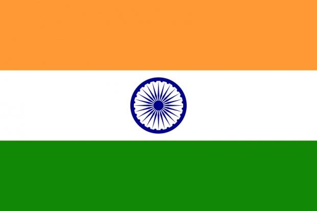 Indie: rak atakuje młodszych i mniej wykształconych