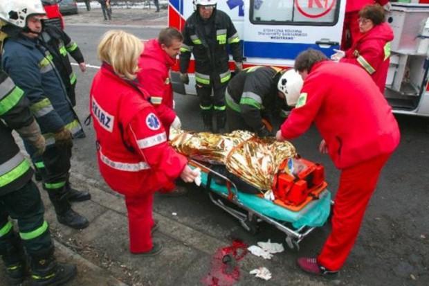 Wypadek z udziałem karetki na trasie S1