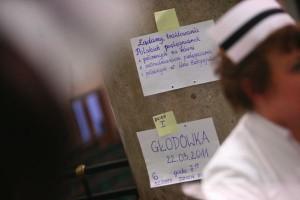 Kraków: pikieta pracowników szpitala psychiatrycznego