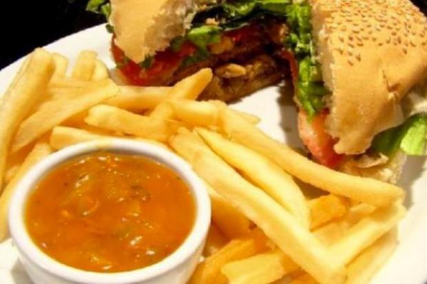Kiedy kuchnia może niszczyć zdrowie - przepis na otyłość, nadciśnienie i cukrzycę
