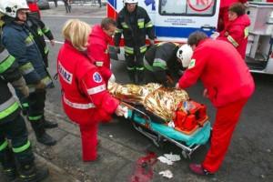 Pruszków: karetka z pijanym kierowcą uderzyła w auto