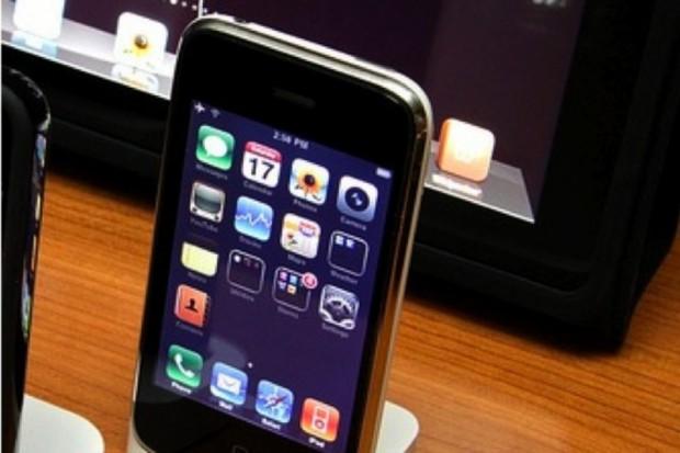 Smartfon monitoruje stan zdrowia