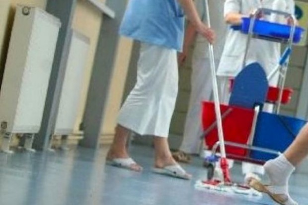 Łódzkie: szpitale wykorzystują wakacje na remonty i porządki