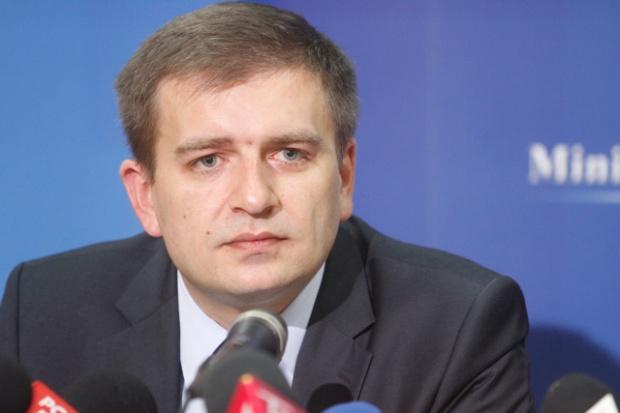 Minister chce od lotniczego pogotowia wyjaśnień dotyczących zdarzenia w Gostyniu