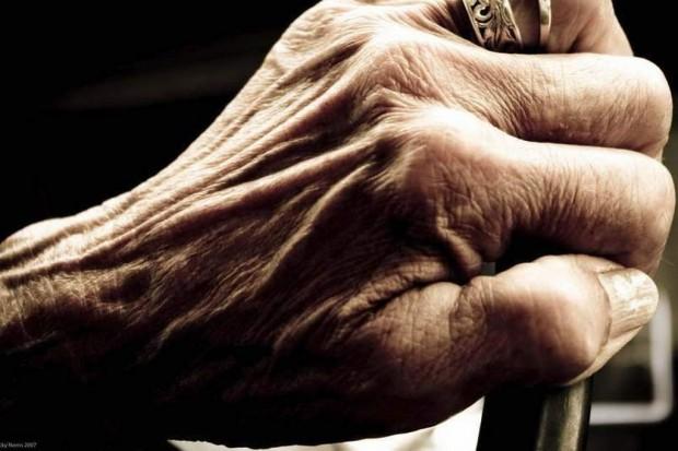 System opieki nad seniorami: zapaść w geriatrii