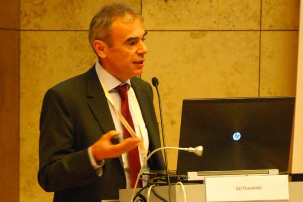 Prof. Jiří Vencovský o leczeniu biologicznym w reumatologii