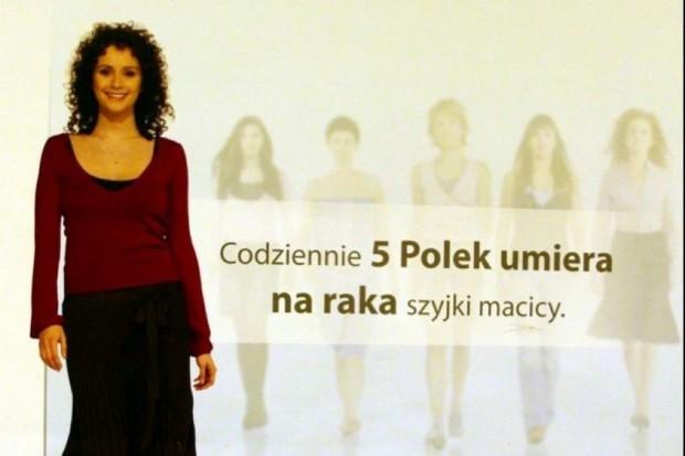 Specjaliści: rak szyjki macicy wciąż wykrywany jest w Polsce zbyt późno