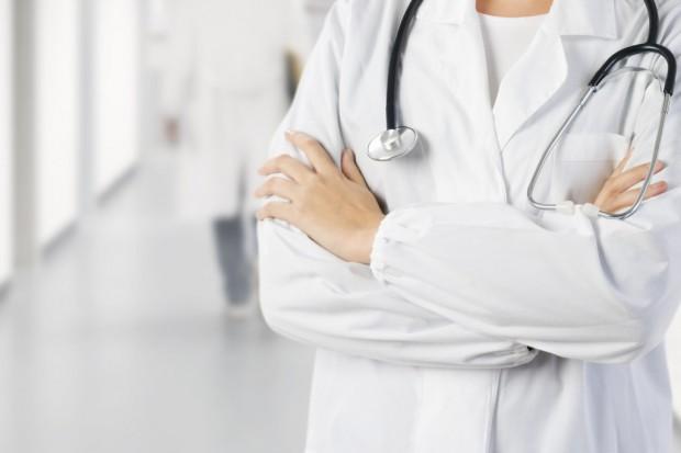 Estonia: lekarze rozszerzają protest