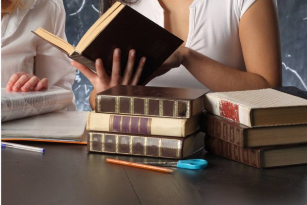 Lekarski Egzamin Państwowy: dobry wynik absolwentów to prestiż dla uczelni. Pieniędzy z tego nie ma