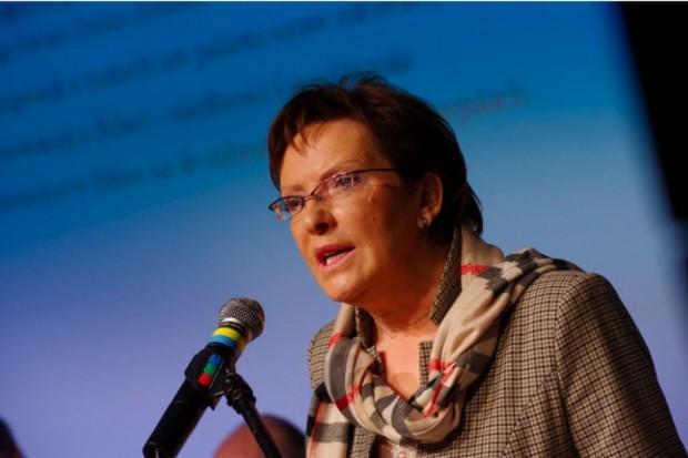 """PiS wzywa Ewę Kopacz by """"wyszła z gabinetu"""" i zajęła się ochroną zdrowia"""