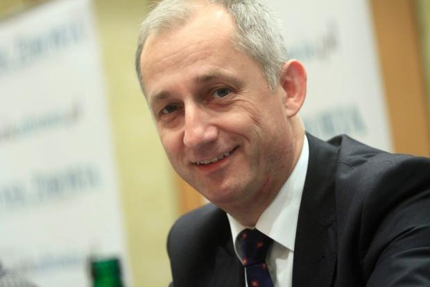 VIII Forum Rynku Zdrowia: Sławomir Neumann o planowanych zmianach w NFZ i instytutach
