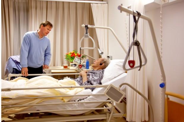 Uporczywa terapia: lekarze i prawnicy chcą zmian w przepisach