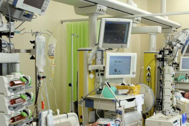 Konsultant krajowy odpowiada anestezjologom: szkolący się nie mogą określać autorom trudności pytań PES