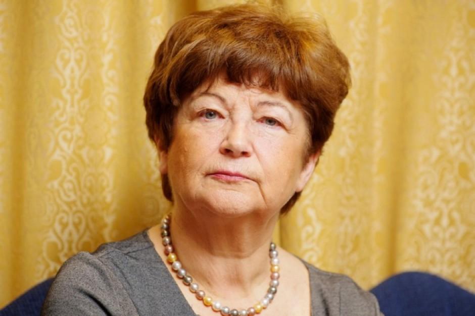 Prof. Waleria Hryniewicz ostrzega: przed superbakteriami nie uciekniemy