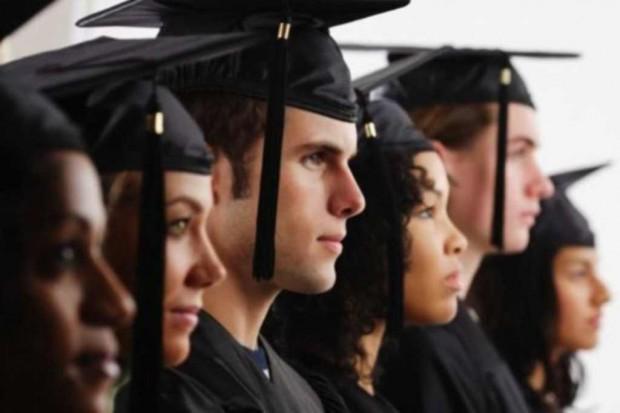 Łódź: dyplomy dla absolwentów Oddziału Medycyny Laboratoryjnej