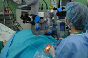 Polskie badania nad światłem zmieniają okulistykę, kardiologię, onkologię