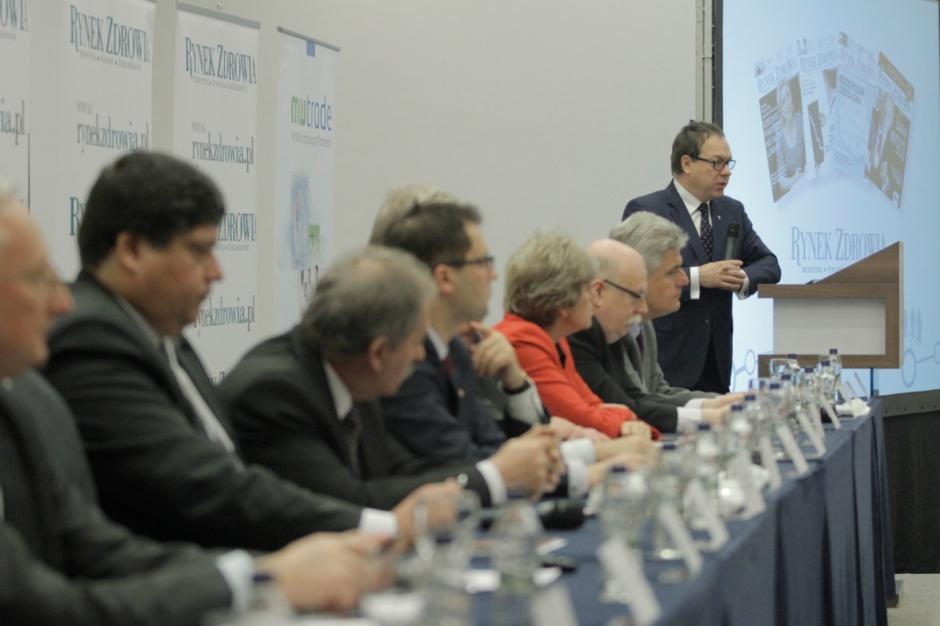 Poznań: dyskusja o pieniądzach na leczenie, kadrach i szpitalnych spółkach