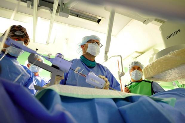 Katowice: tak kardiolodzy naprawili nieszczelność zastawki mitralnej